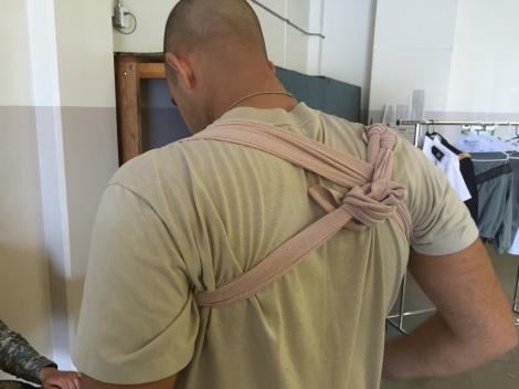 shoulderwrap02